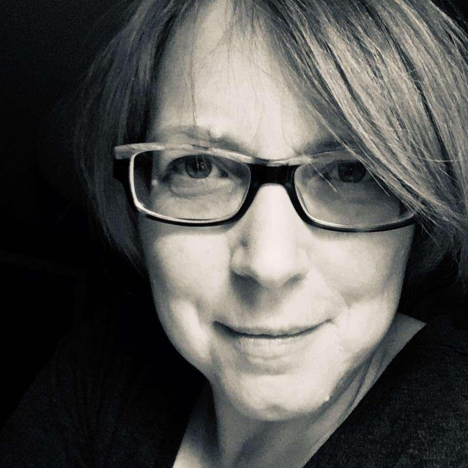 Tina Newlove - Featured Artist